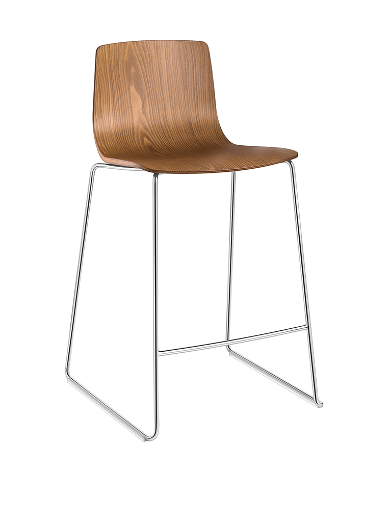 Aava 3904 chair by Arper