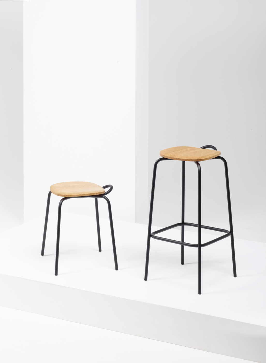 Forcina Stool from District